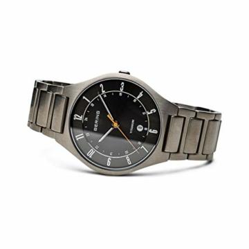 Bering Herren Analog Quarz Uhr mit Titan Armband 11739-772 - 4