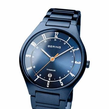 BERING Herren Analog Quarz Uhr mit Titan Armband 11739-797 - 2