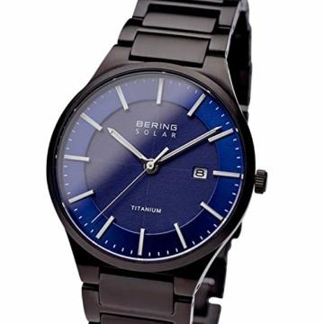 BERING Herren Analog Quarz Uhr mit Titan Armband 15239-727 - 2