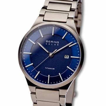 BERING Herren Analog Quarz Uhr mit Titan Armband 15239-777 - 2