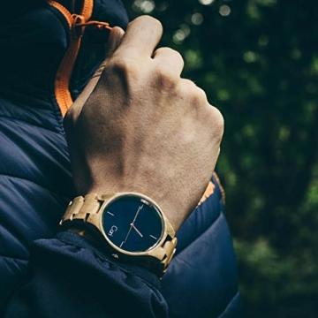Cari Damen & Herren Holzuhr 40mm mit Schweizer Uhrwerk - Holz-Armbanduhr Stockholm-021 (Ahornholz beige) - 5