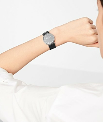 Liebeskind Berlin Damen Analog Quarz Uhr mit Textilband - 2